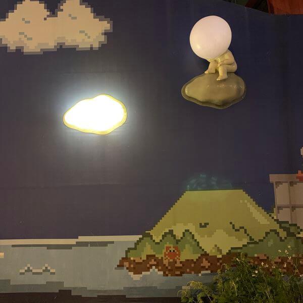 台南海安路裝置藝術燈泡人
