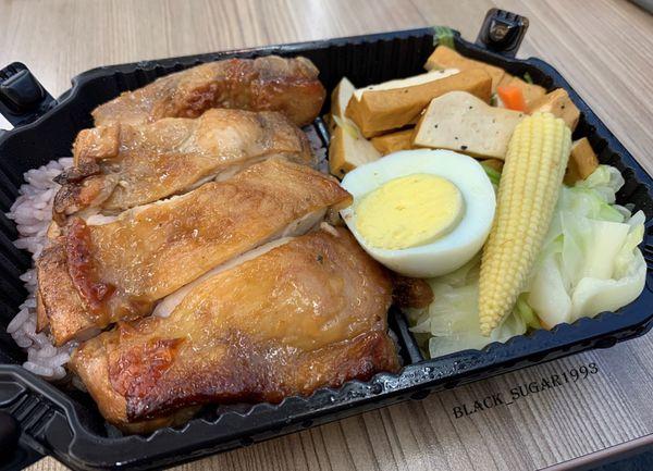 [新竹美食]肌津有味。新竹健康餐外送。和風烤雞腿
