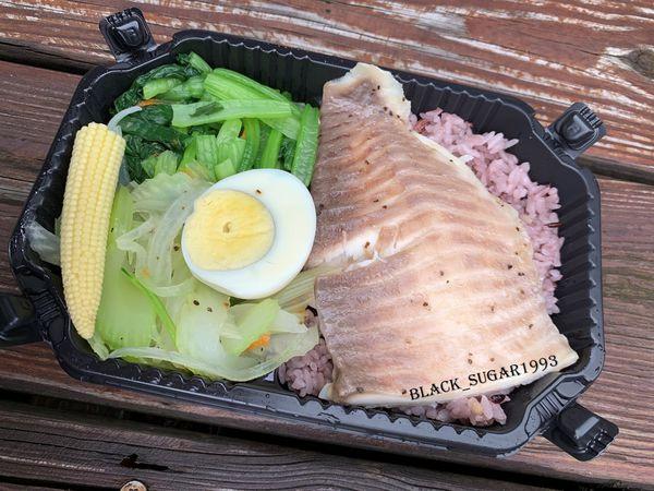 [新竹美食]肌津有味。新竹健康餐外送。清蒸鮮魚