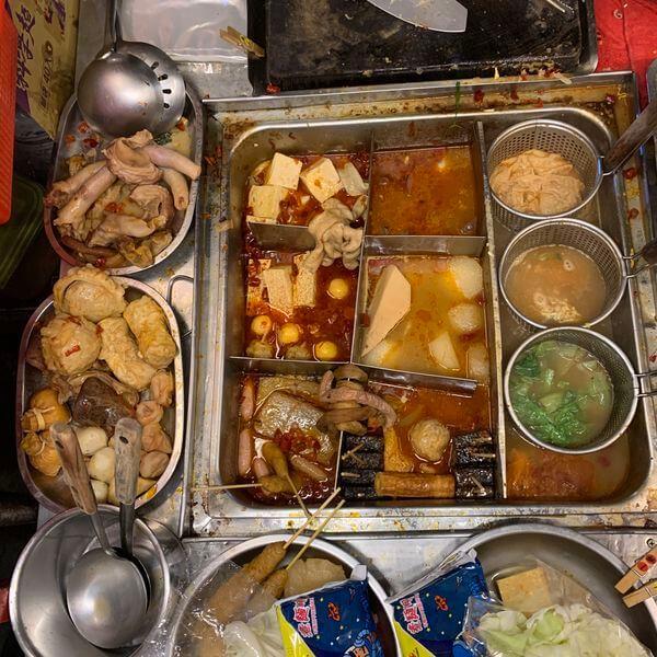 [台南美食] 小東路麻辣關東煮。台南小東路美食消夜。成大消夜。