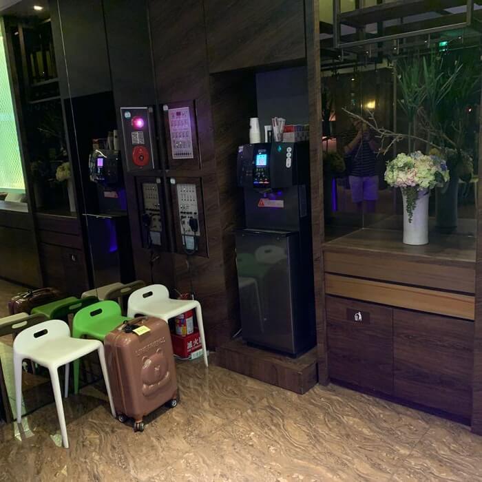 [礁溪住宿] 福岡6號溫泉飯店。季放行李
