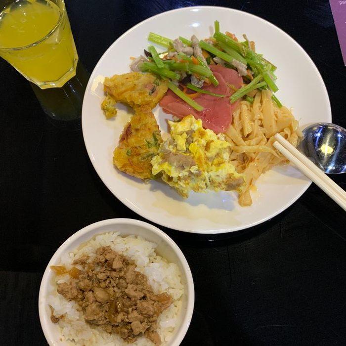 [礁溪住宿] 福岡6號溫泉飯店。吃早餐