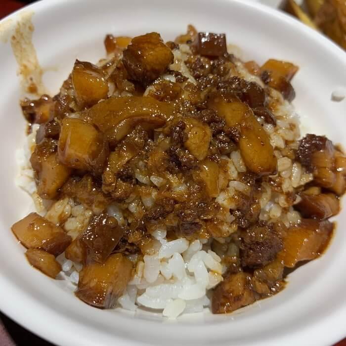 [台北美食] 大稻埕魯肉飯。魯肉飯小