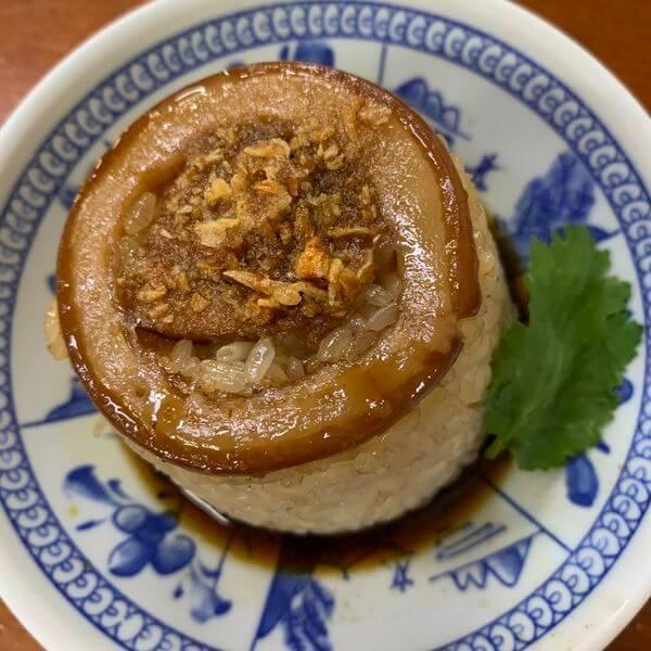 [台中美食] 王牌清水天使光環米糕。歐疼最愛梧棲小吃。誘人豬肉