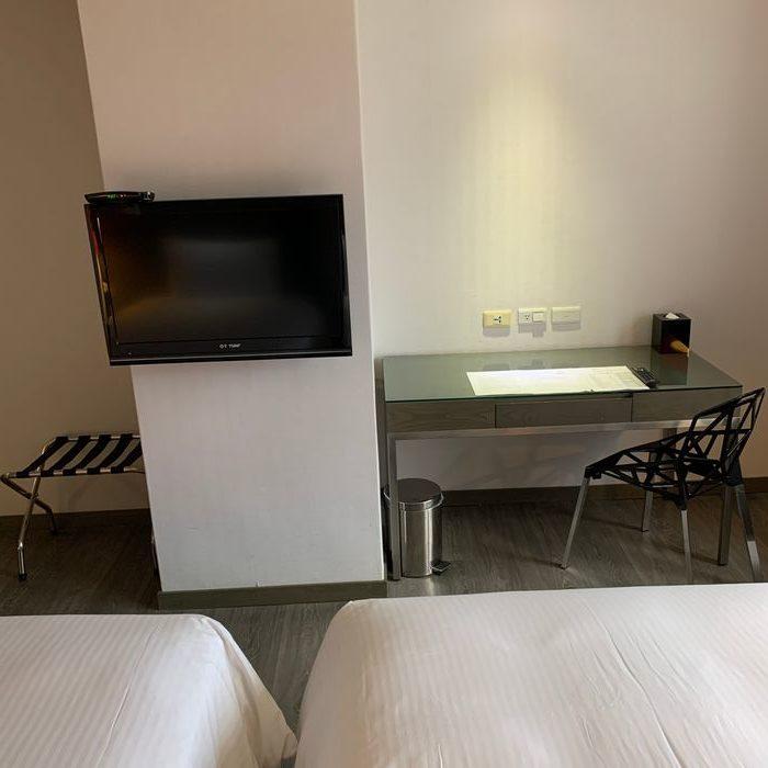 [花蓮住宿] 力麗華美達安可酒店住宿體驗心得。房間擺設
