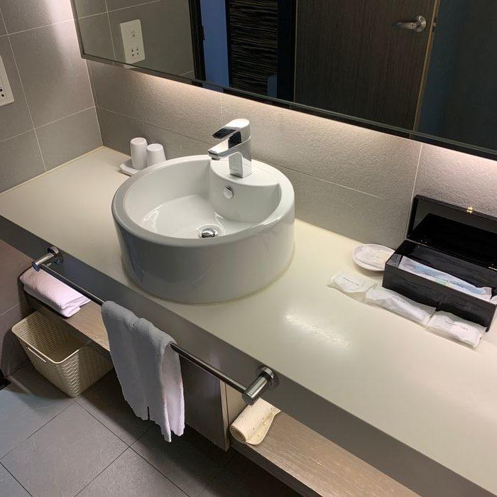 [花蓮住宿] 力麗華美達安可酒店住宿體驗心得。浴室檯面