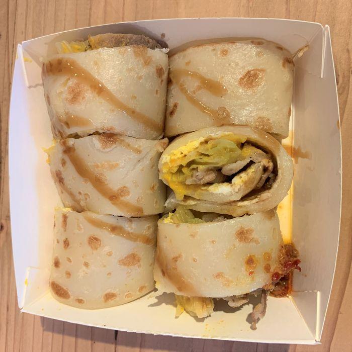 [竹北早午餐] 餓霸Brunch俗胖手作蛋餅。手作黃金泡菜豬