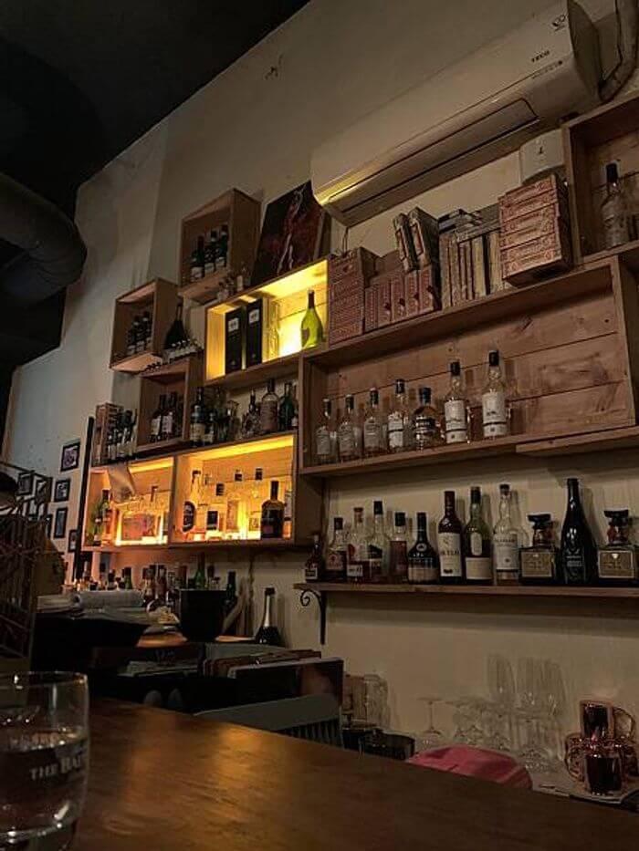 桃園酒吧推薦/偉朋雪茄館。Vesper Cigar Bar。桃園經國路酒吧。酒櫃