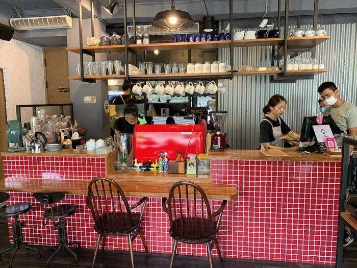 台南東區成大附近咖啡廳/開普3號店吧檯