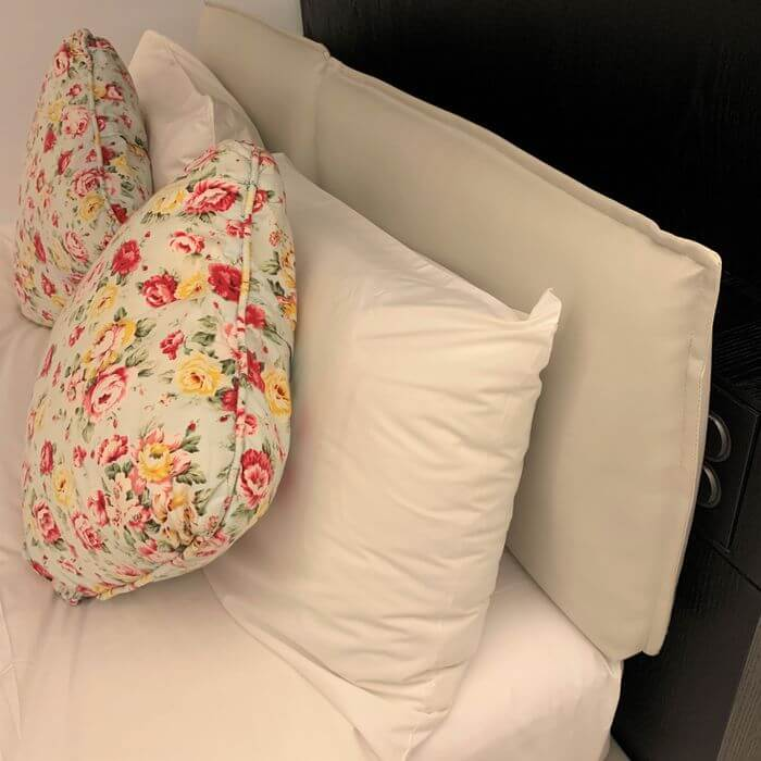 台南東區住宿/老爺行旅The Place Tainan/台南住宿飯店酒店推薦/設計風格結合在地元素飯店雙人房枕頭