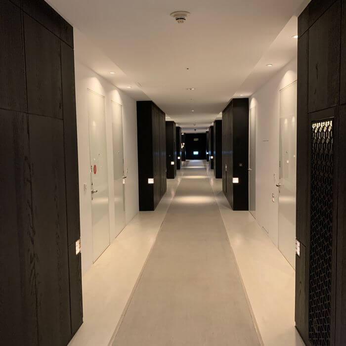 台南東區住宿/老爺行旅The Place Tainan/台南住宿飯店酒店推薦/設計風格結合在地元素飯店飯店走廊