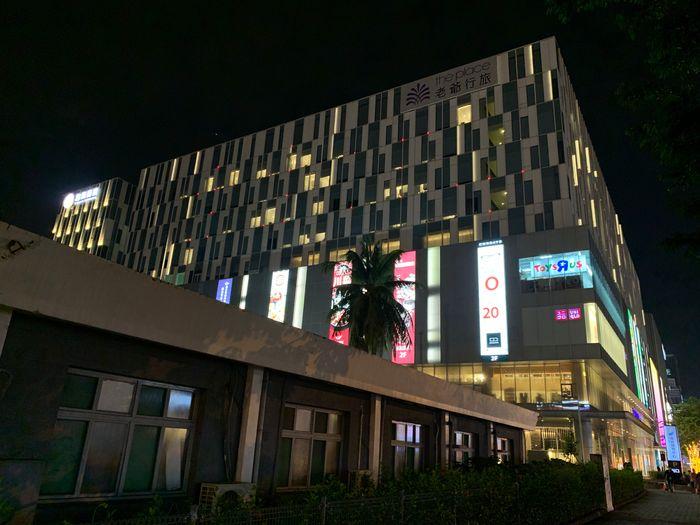 台南東區住宿/老爺行旅The Place Tainan/台南住宿飯店酒店推薦/設計風格結合在地元素飯店外觀