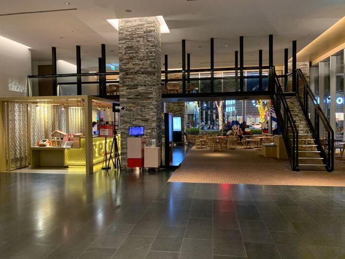 台南東區住宿/老爺行旅The Place Tainan/台南住宿飯店酒店推薦/設計風格結合在地元素飯店大廳