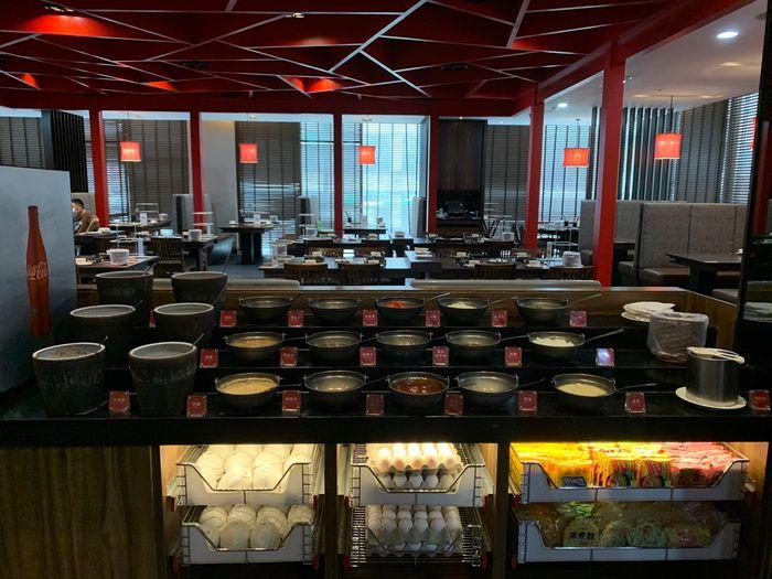 新竹鴛鴦鍋火鍋吃到飽推薦/銅話鍋物/芙洛麗大飯店二樓餐廳醬料區