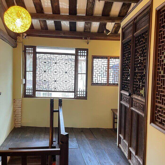 新竹北埔老街老屋咖啡廳/二樓古典風內用區
