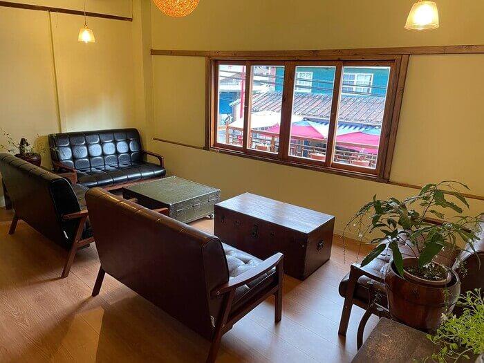 新竹北埔老街老屋咖啡廳/沙發區