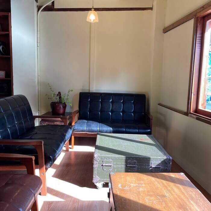 新竹北埔老街老屋咖啡廳/窗邊沙發