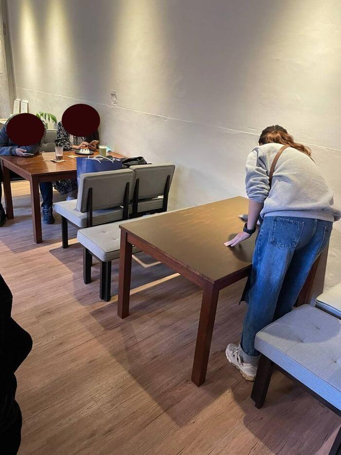 新竹不限時咖啡廳推薦/貳參咖啡/可愛一樓座位區
