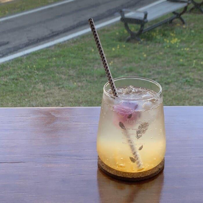 [新竹竹北早午餐]野橘香意識咖啡/下午茶推薦/柚香水梨氣泡飲