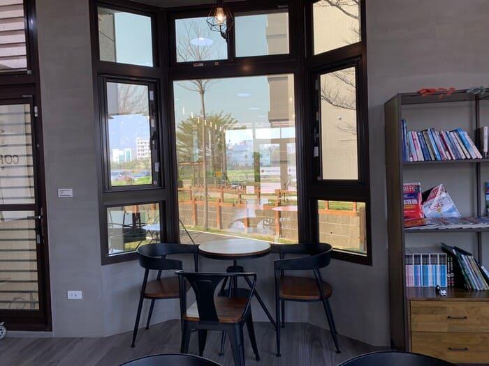 [新竹竹北早午餐]野橘香意識咖啡/下午茶推薦/窗邊座位