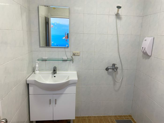 蘭嶼巴漾民宿/蘭嶼無敵海景房住宿推薦2021/靠近碼頭/電話地址/環島拍照景點/雙人房浴室