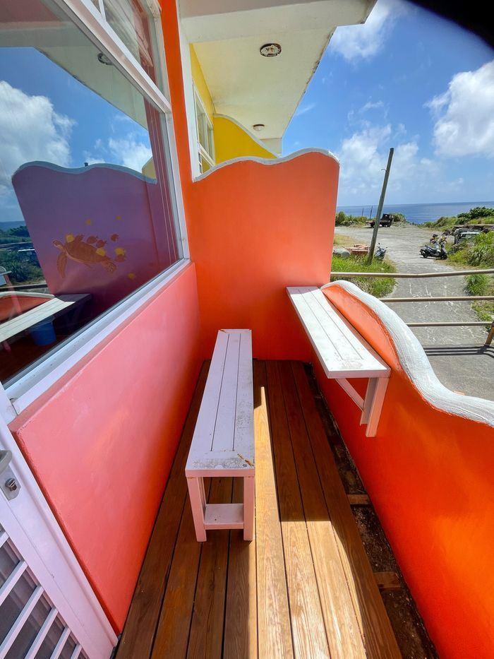 蘭嶼巴漾民宿/蘭嶼無敵海景房住宿推薦2021/靠近碼頭/電話地址/環島拍照景點/自己的陽台