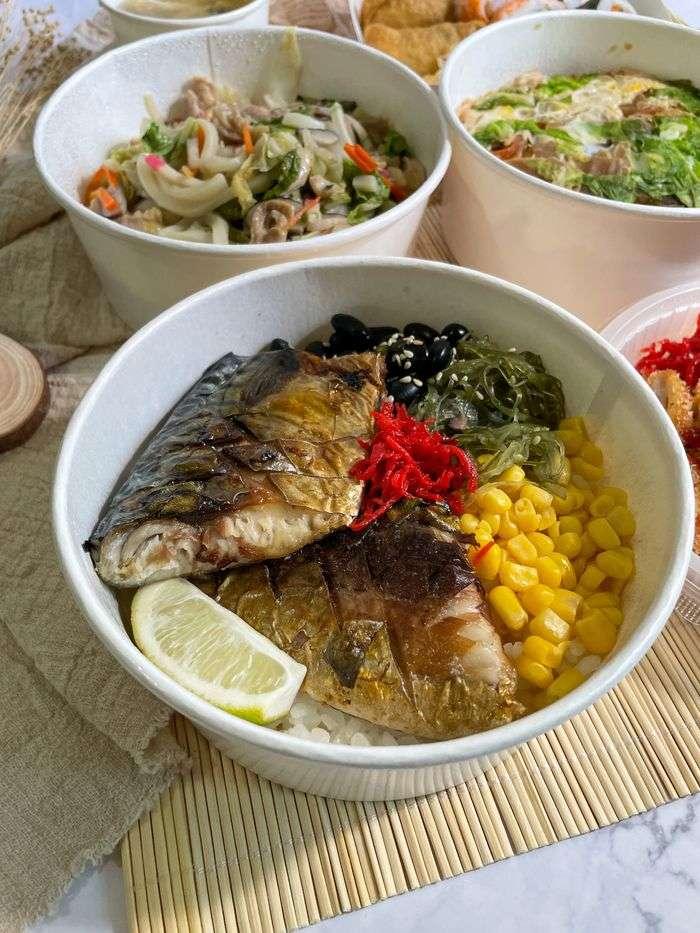 [新竹美食]魚町日式丼飯/東大路二段170號/超好吃鯖魚/推薦平價日式料理店/薄鹽鯖魚丼