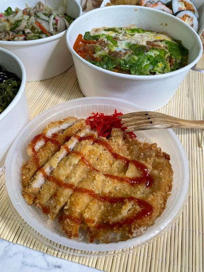 [新竹美食]魚町日式丼飯/東大路二段170號/超好吃鯖魚/推薦平價日式料理店/日式豬排丼