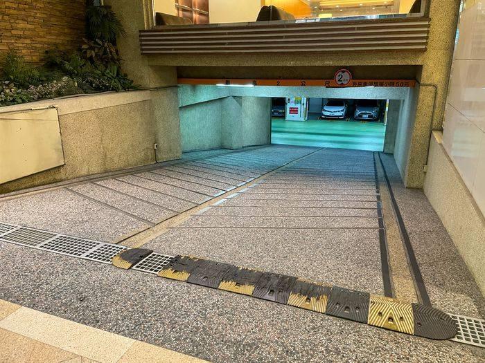 [新竹住宿] 煙波飯店都會一館/走路5分鐘到巨城/評價/停車/附近美食/停車PARKING