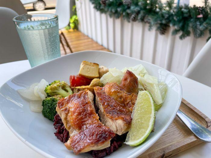 [新竹竹北健康餐]廚師流浪/好吃不無聊的高蛋白低GI健康餐盒/馬告烤雞腿排
